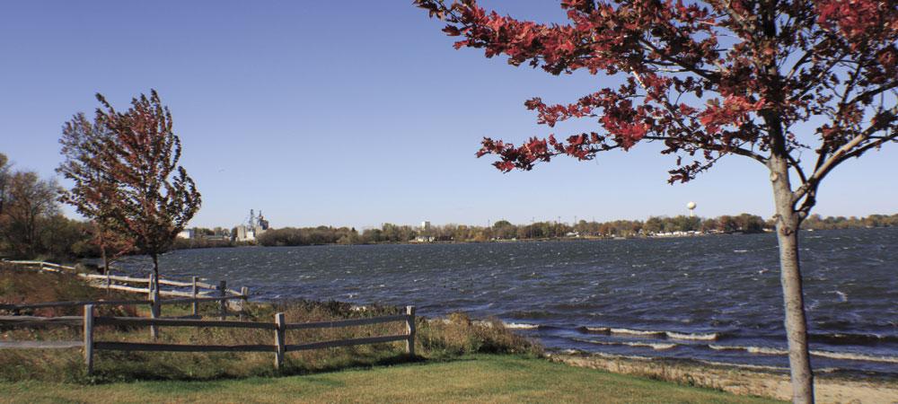 legionpark-jo-lake